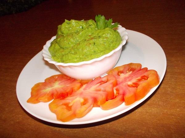 Crema Crudista di Avocado Hass e Prezzemolo