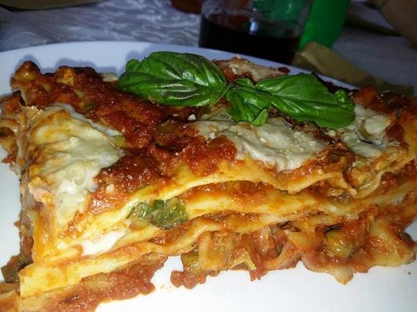 Lasagne Vegane con Ragu di Soia Verdure e Piselli con Coccole Cheese Homemade
