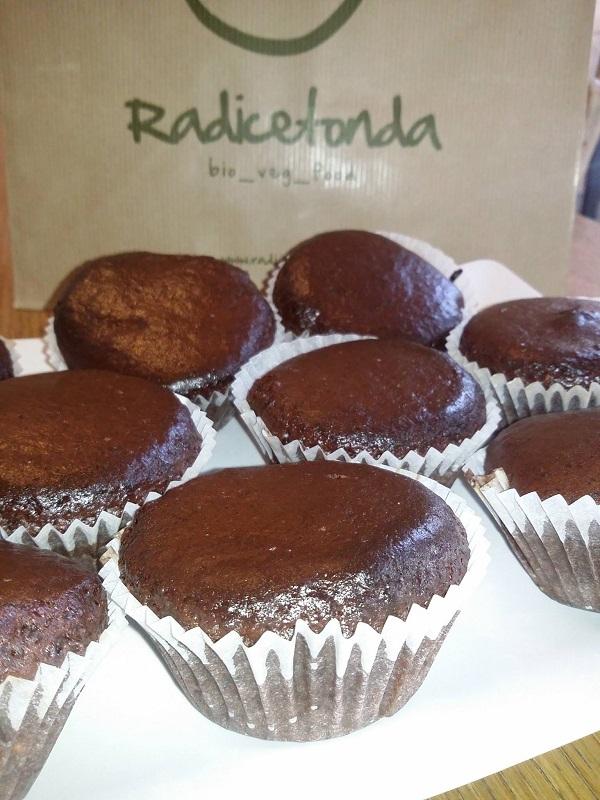 Muffin Vegani di Farro al Cacao e Vaniglia