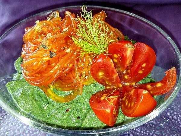 Spaghetti di Soia con Crema di Tofu agli Spinaci